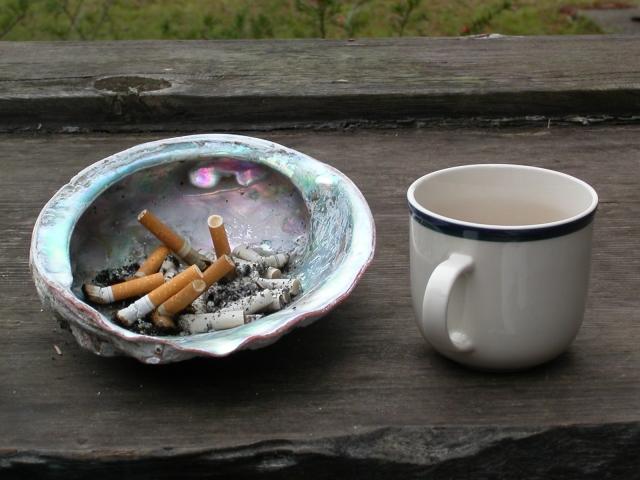 cafe y nicotina